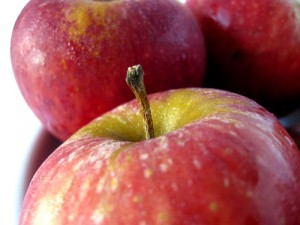 image of apples for healthy living